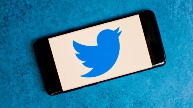 Крупнейший взлом Twitter. Хакеры от имени Илона Маска и Барака Обамы просили биткоины