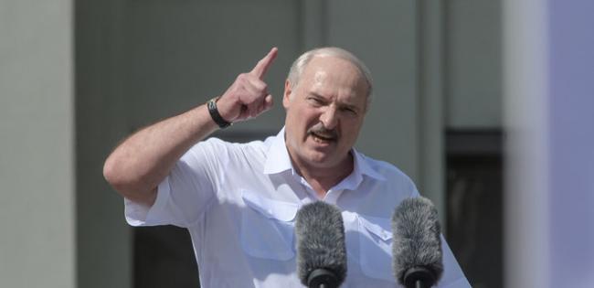Лукашенко внезапно уволил главу КГБ и поставил на его место главного по репрессиям