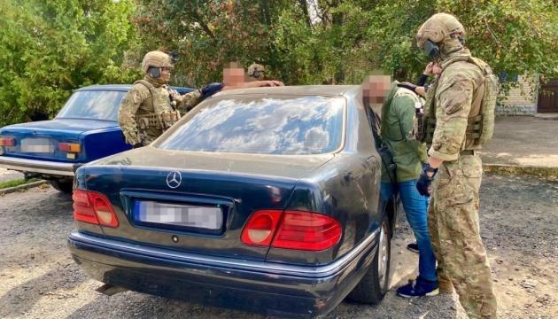 СБУ задержала организатора незаконной легализации россиян в Украине