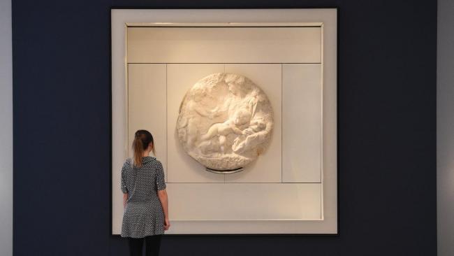 Единственную скульптуру Микеланджело в Великобритании продают на аукционе