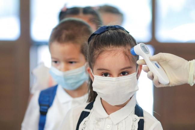 В Украине на самоизоляции из-за COVID-19 находится более 83 тыс. школьников