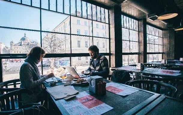 Степанов озвучил правила работы ресторанов и кафе в карантин