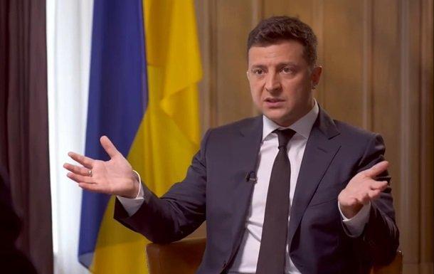 У Зеленского объяснили, почему вынесли тему коррупции на опрос