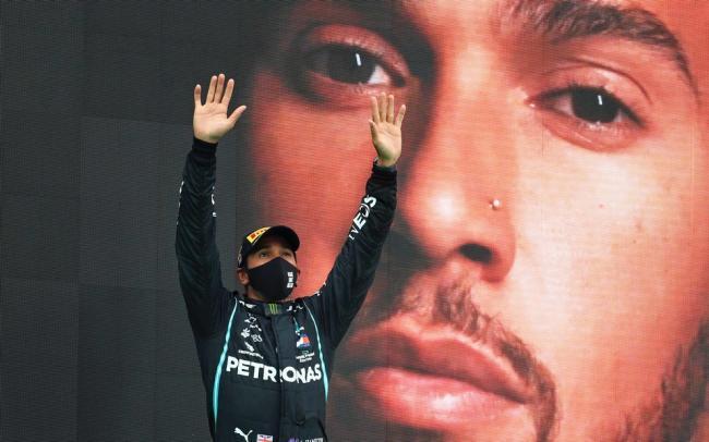 Льюис Хэмилтон побил рекорд Шумахера по числу побед в «Формуле-1»