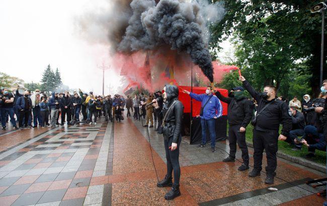Две трети украинцев недовольны направлением развития страны