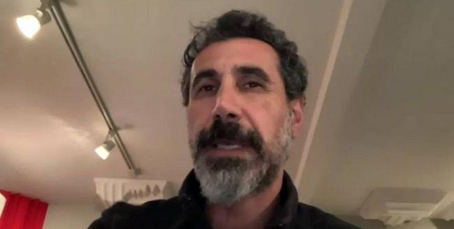 Мы стали жертвами коррупции и олигархии, – лидер System of a Down обратился к армянам