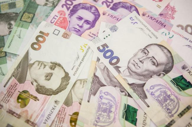 Кабмин подготовил порядок выплаты ФОПам по 8 тысяч гривен