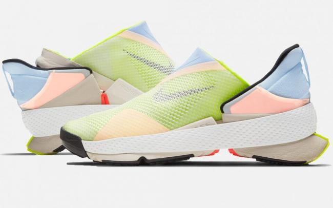 Nike выпустили кроссовки, которые можно надеть без помощи рук