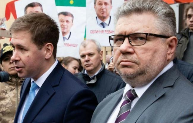 Мы ставим вопрос о привлечении к ответственности Дубинского и Деркача, – адвокаты Порошенко